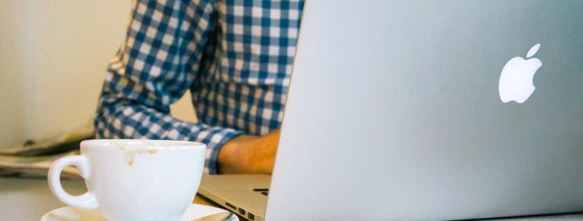 Blog erstellen – Wie Du einen Blog startest und mit Bloggen Kunden gewinnst